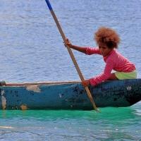 Enggros, Kemewahan Hidup di atas Air