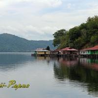 10 Alasan Mengapa Harus Berwisata ke Jayapura