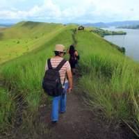 Daftar Barang yang Wajib di Bawa Saat Hunting Foto di Kampung - Papua