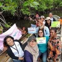 Jelajah Hutan Perempuan di Jayapura