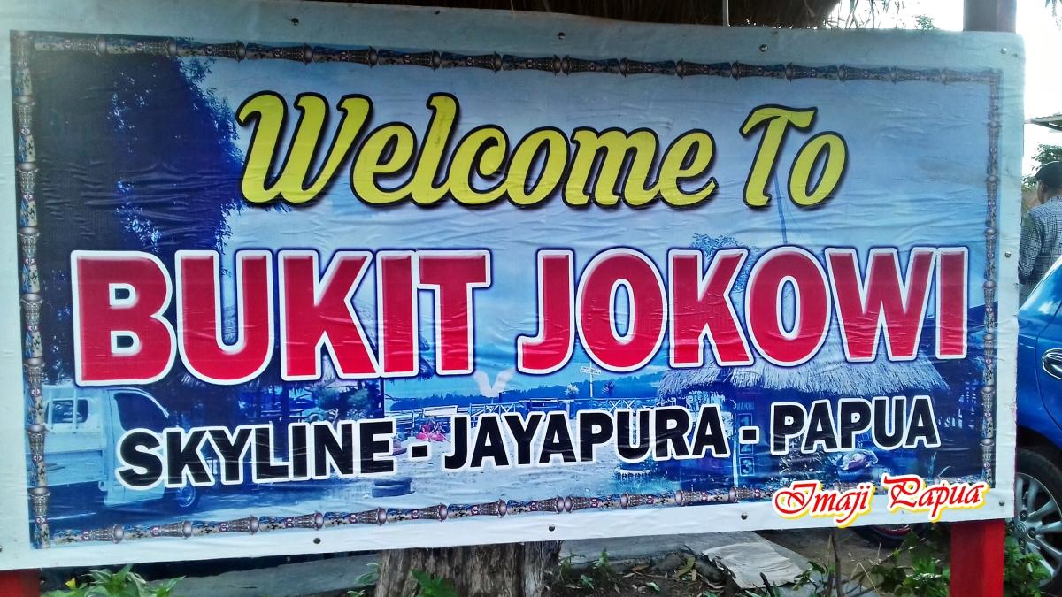 Selfie Maksimal di Bukit Jokowi