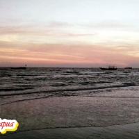 Menikmati Senja di Pantai Lampu Satu Merauke