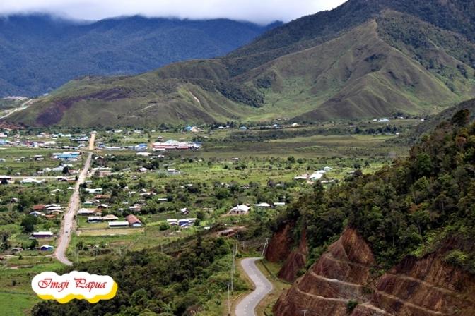 Jelajah Pedalaman Papua Bag. 1 – Perjalanan Menuju Lembah Kamuu