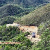 [ADV] Pemkab Yahukimo Canangkan Pembangunan Ruas Jalan Baru Jomothe - Panggema