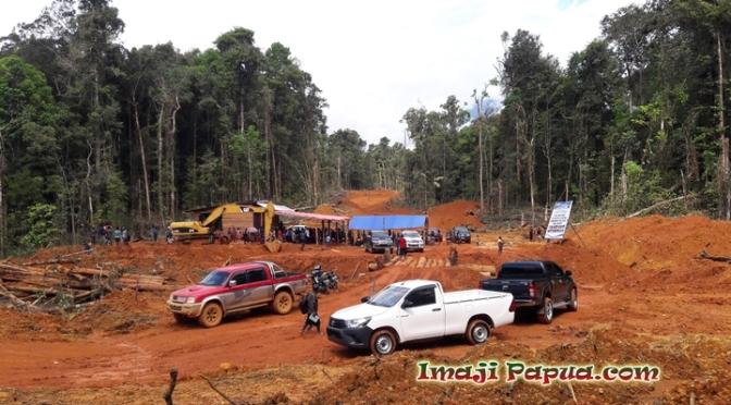 [VLOG] Jurnal Abock Busup – Pencanangan Pembangunan Ruas Jalan Dekai – Korupun