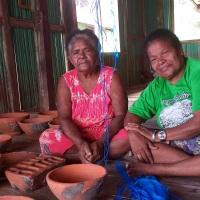 Mama Barbalina Ebalkoy Pengrajin Gerabah dari Kampung Abar