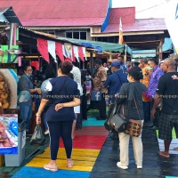Berburu Kuliner di Festival Ulat Sagu Kampung Yoboi