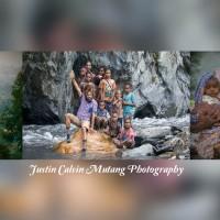 Mengenal Lebih Dekat Puncak Jaya Melalui Foto Karya Justin Calvin Mutang